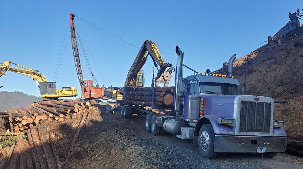 Aichele Trucking